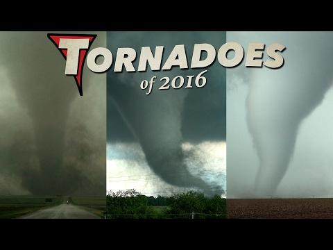 I per acabar la col·lecció d'espectaculars tornados, llamps i núvols captades l'any passat. Aquest vídeo s'acaba de publicar