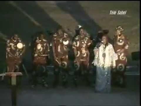 Hommage à Tandja Mamadou -  Chanson Politique [Clip vidéo] thumbnail