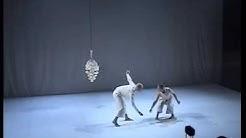 Ulottumaton Symbioosi (Choreographed by Wilma Mehtonen, music by Esa Ruoho a.k.a. Lackluster)