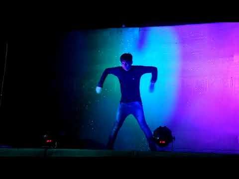 Hawao Ne Ye Kaha RELOADED(aap Mujhe Achhe Lagne Lge#khrithik Roashan) Dance By Simu