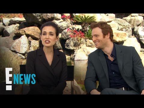 """Chicago"" Stars Name Their Celeb Pet! | Celebrity Sit Down | E! News"