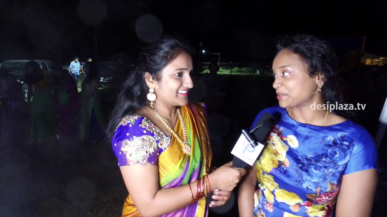 Desiplaza Speaks to Singer Sahiti at DATA Bathukamma & Dasara Panduga - 2017