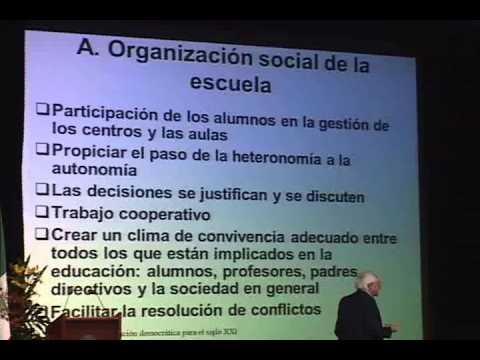 """""""Retos de la educación democrática para el siglo XXI"""" Conferencia de Juan Delval"""