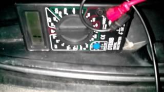 измеряем сопротивление датчика ABS вкл панель приборов
