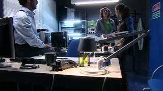 Hermanos Y Detectives - Segunda Temporada España - 01 - El Asesino De La Iglesia