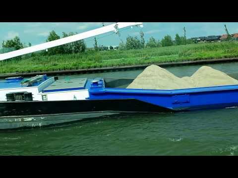'Working Barge' powers along the Amsterdam-Rhine canal - The Netherlands