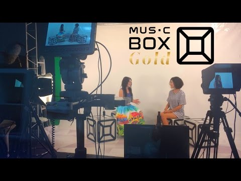 """Дина Гарипова в прямом эфире у Швец (""""Music Box Gold"""", 1 августа 2016)"""