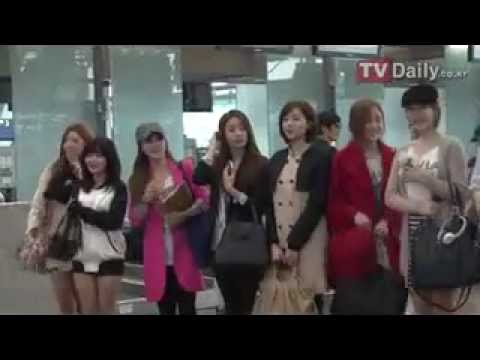 120410 T-ara - At Airport go to Europe