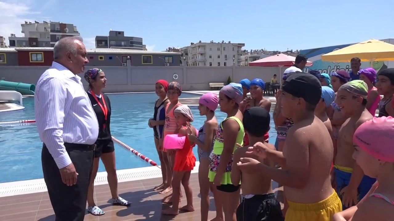 Minikler Yüzmeyi Aquapark'ta Öğrendiler