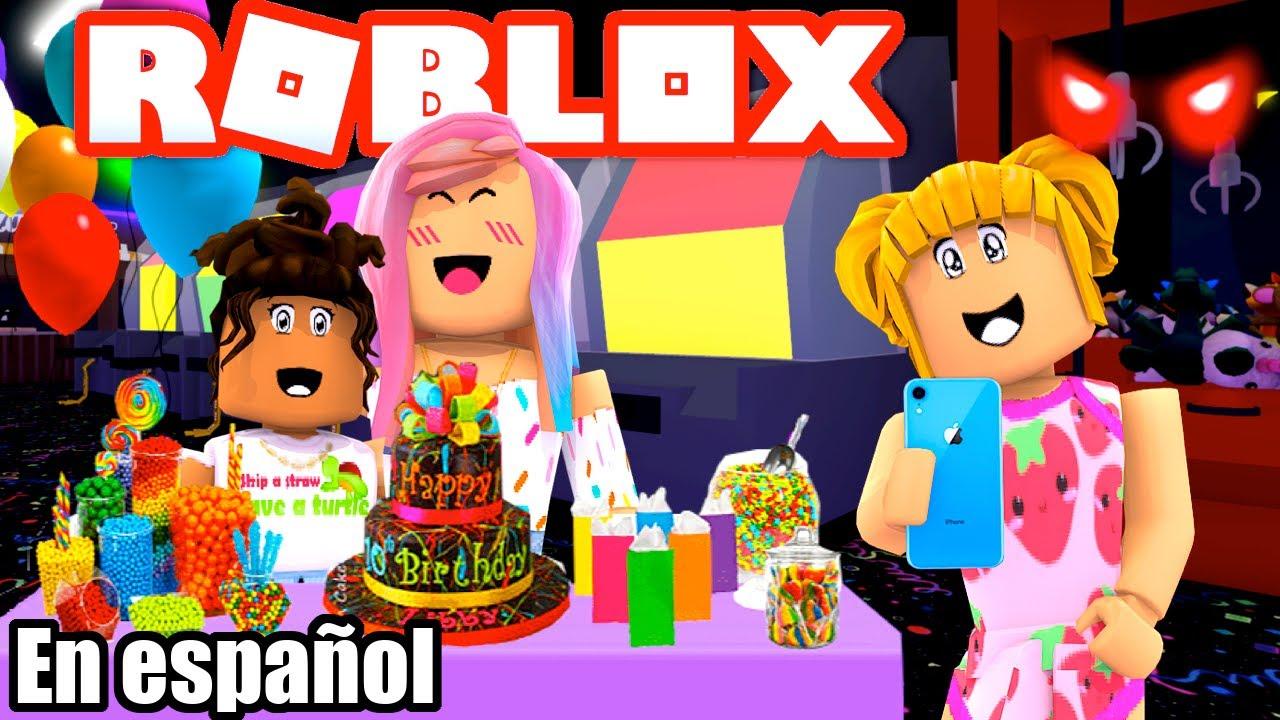 Titi y Goldie Juegan Birthday Story en Roblox - Que Miedo!