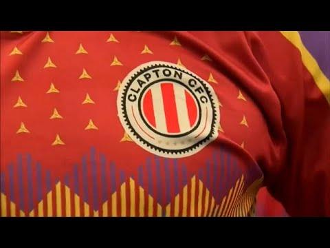 Un equipo de fútbol inglés homenajea con su camiseta a las Brigadas  Internacionales y a la R… b272a1ef75d17