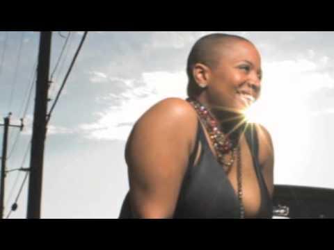 LIFE! Style with Avery Sunshine