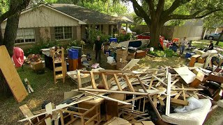 Clean up begins in Texas after Harvey moves on
