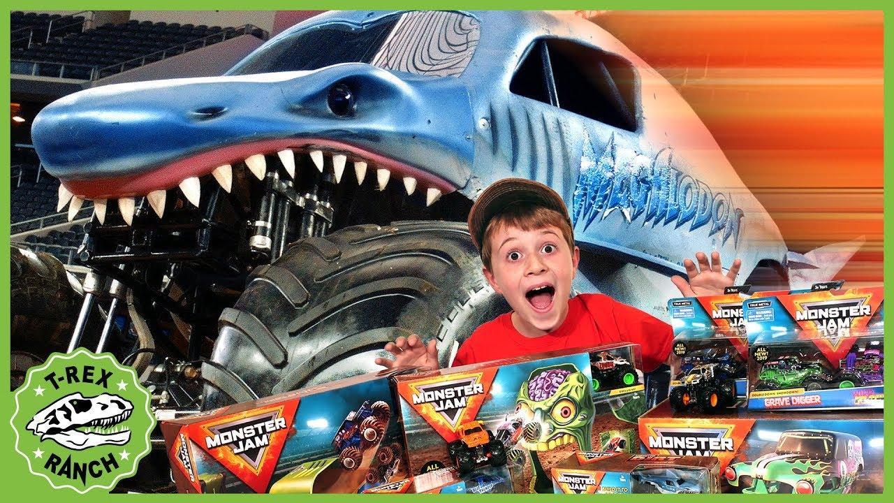Dinosaurs Giant Trucks Monster Jam Adventure With Kids Surprise Toys Life Size Dinosaur Escape Youtube