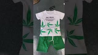 Летние детские комплекты одежды для мальчиков и девочек; детская футболка с листьями; шорты; 2