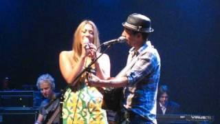 Jason Mraz & Colbie Callait - Lucky - Las Vegas 05-10-2009