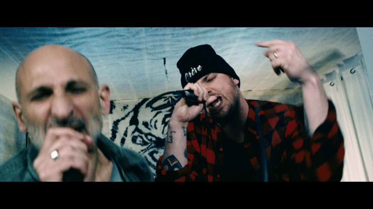 Download Darcy feat. Kemar (No One Is Innocent) - La Marine