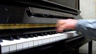 Somewhere between old and new york piano solo