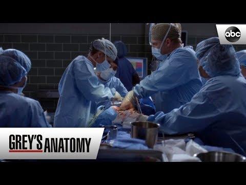 Teddy Breaks The News – Grey's Anatomy Season 15 Episode 8