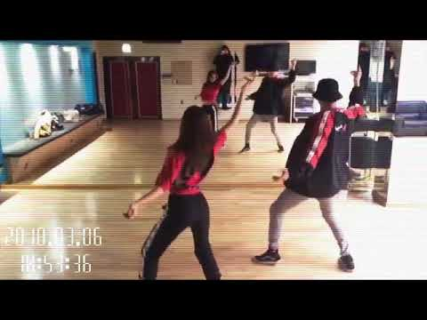 Jeon Somi Dance With Her Teacher [When Will You Debut ?]