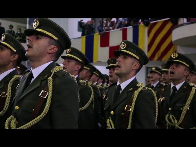 Jura de bandera en la Escuela Naval de Marín