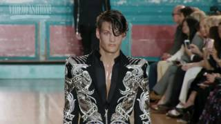 Glittering Glam from Julien Macdonald for Spring 2017 at London Fashion Week