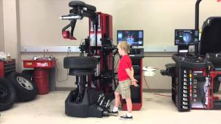 Revolution Tire Changer - Hunter Engineering