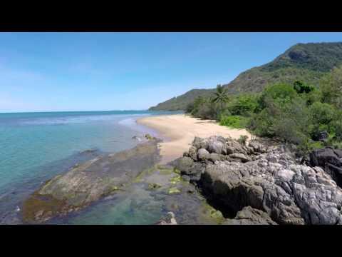 Coast - Cairns To Port Douglas DJI Phantom Quadcopter 3D Gimbal