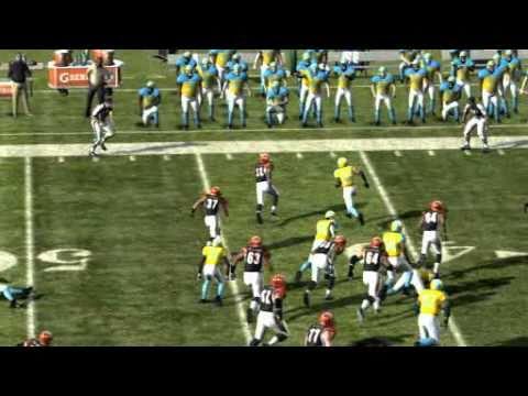 Madden 11: amazing 50 yard rush Td by Cedric Benson (Online)