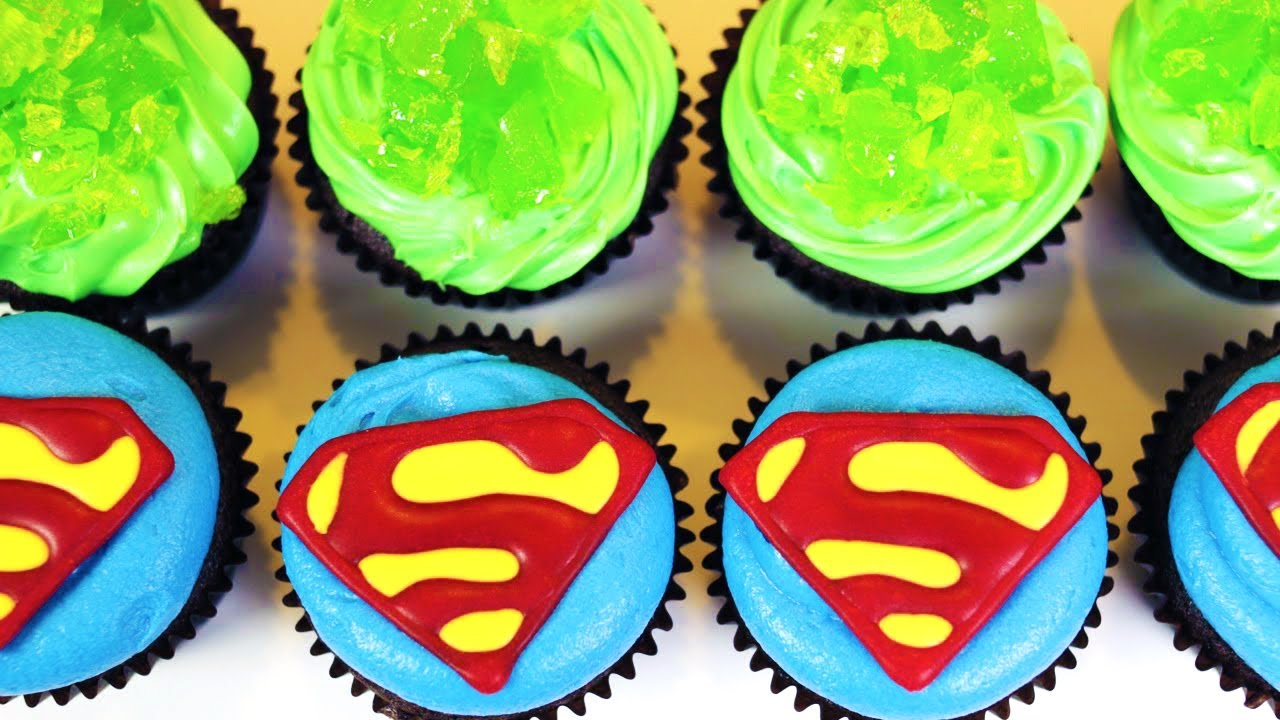 HOW TO MAKE SUPERMAN CUPCAKES NERDY NUMMIES YouTube
