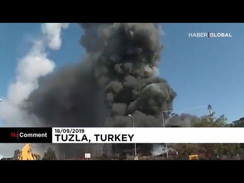 Fábrica turca de profutos químicos explode