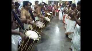 Padmasree Peruvanam Kuttan Marar - Panchari Melam @ Kuzhuppilly Sree Balakrishna Swamy Temple