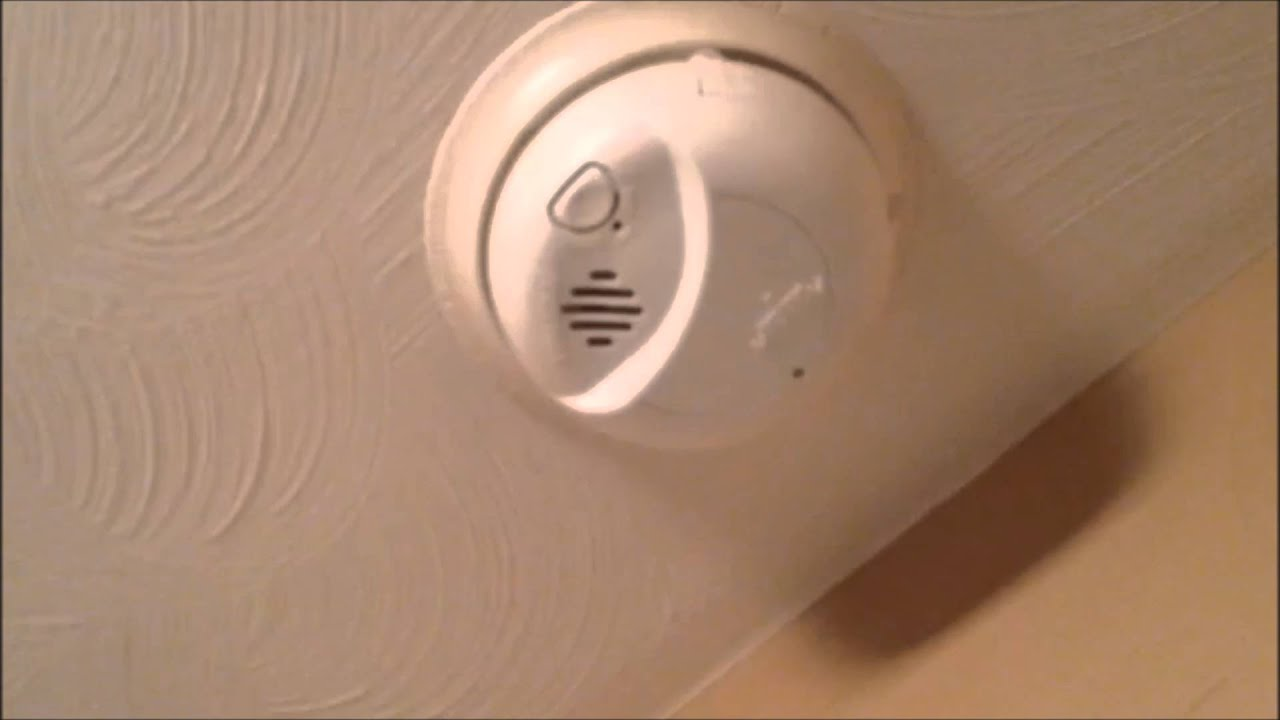 first alert smoke detector going off - First Alert Smoke Alarm