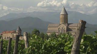 Gambar cover Eine Reise durch das georgische Weinanbaugebiet - life