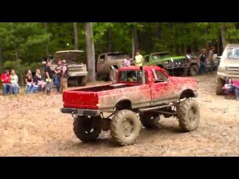 Big Red Ford Mud Truck at Diamond S Mud Bog