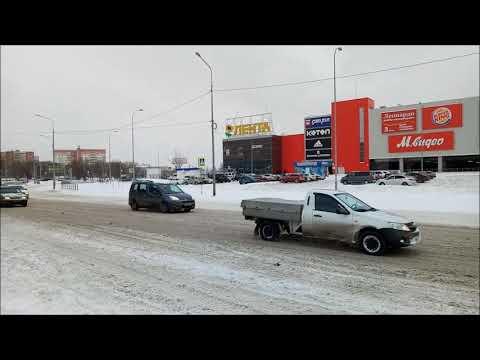 Улицы Челябинска  Енисейская около ТРК Алмаз