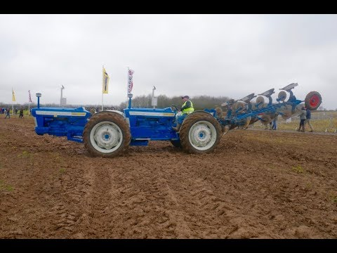 Super RARE Doe Triple D Ford Articulated Tractor!