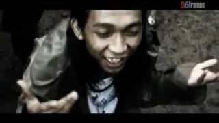 jeruji - anjing koruptor @ Bandung Pyrate Punk