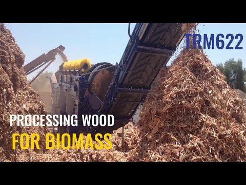 EDGE TRM622 MOBILE TROMMEL PROCESSING WOOD FOR BIOMASS