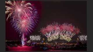 How to blend 3 fireworks photos into 1 photo