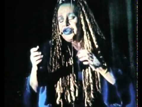Nada (cantante) - Wikipedia