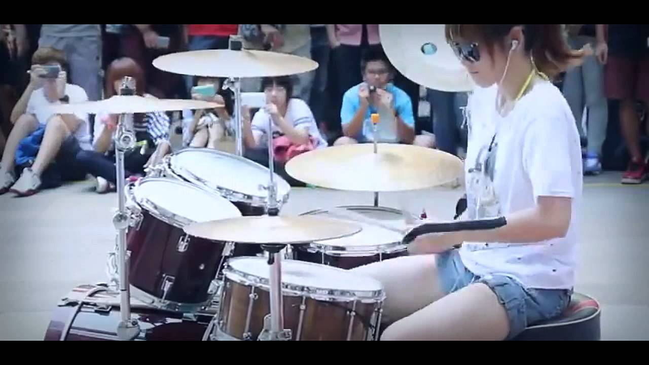 Amazing Asian Girl Drumming BigBang Fantastic Baby - YouTube
