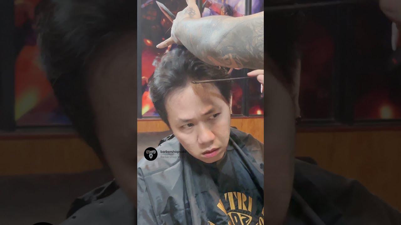 Anh thợ tóc nghiêm khắc và vị khách sắp trưởng thành | Anh Đức cắt tóc ở nhà ông trùm Barber #shorts | Tổng quát các nội dung liên quan cắt tóc nam quận 7 mới cập nhật