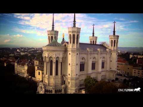 Exceptionnel : vues inédites de Fourvière à Lyon filmées avec un drone