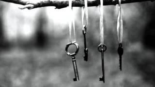 Repeat youtube video Θοδωρής Κοτονιάς -Τα κλειδιά (με στίχους)