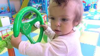 Скачать ДЕНЬ РОЖДЕНИЯ Полины Нашей сестренке 1 годик