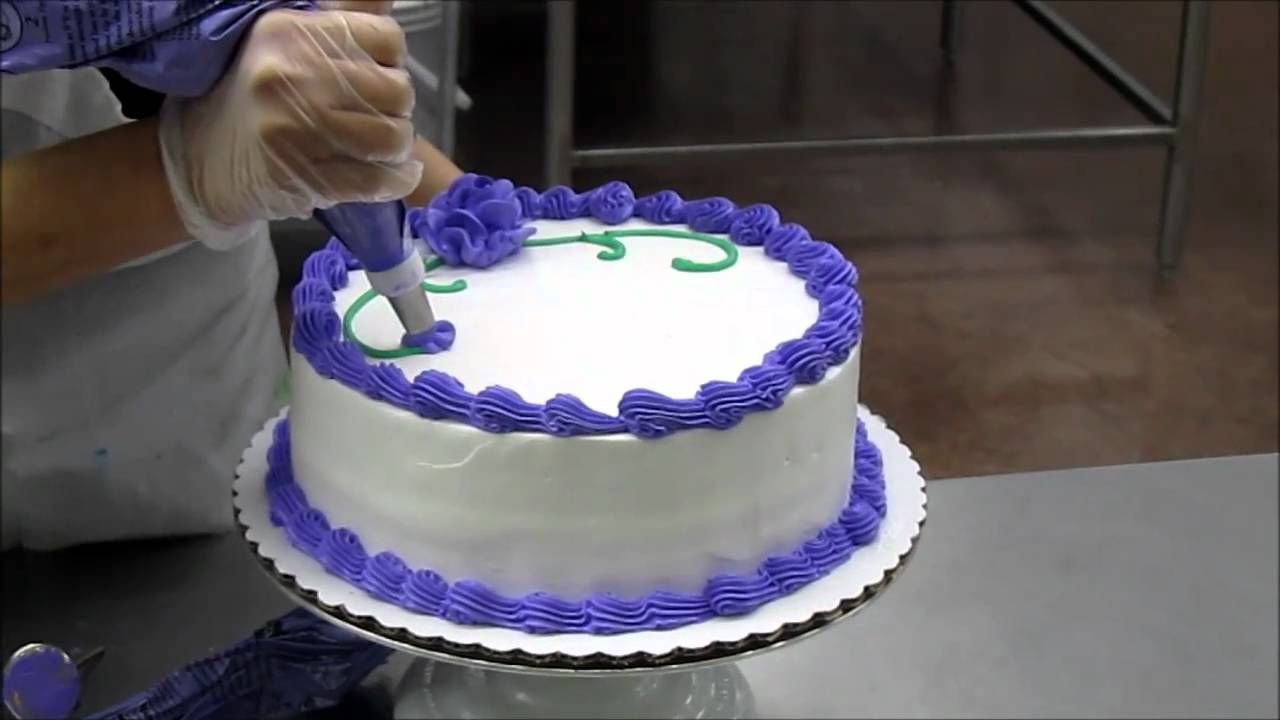 Lady Making A Birthday Cake Youtube