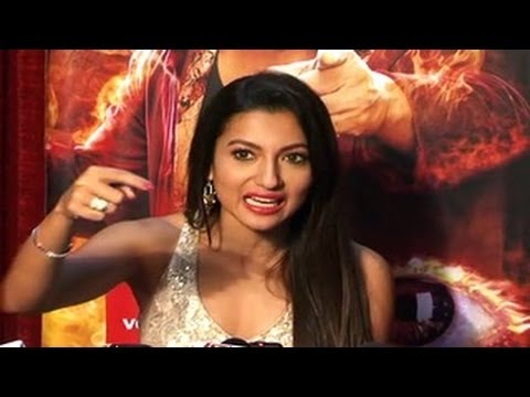 Gauhar Khan REACTS to WINNING Bigg Boss 7 EXCLUSIVE INTERVIEW Travel Video