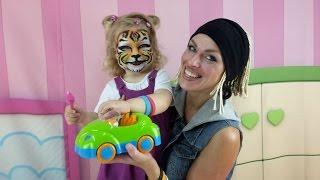 Видео для детей: АКВАГРИМ - Как наносить. Рисунки на лице: Тигренок! Развлечения для детей(Как наносить аквагрим, знает, наверное, каждый детский аниматор. Ведь рисунки на лице - неотъемлемая часть..., 2015-08-14T04:27:25.000Z)