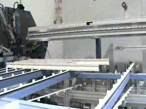 Fabrica de puertas y ventanas de pvc y aluminio youtube for Fabrica de puertas de aluminio